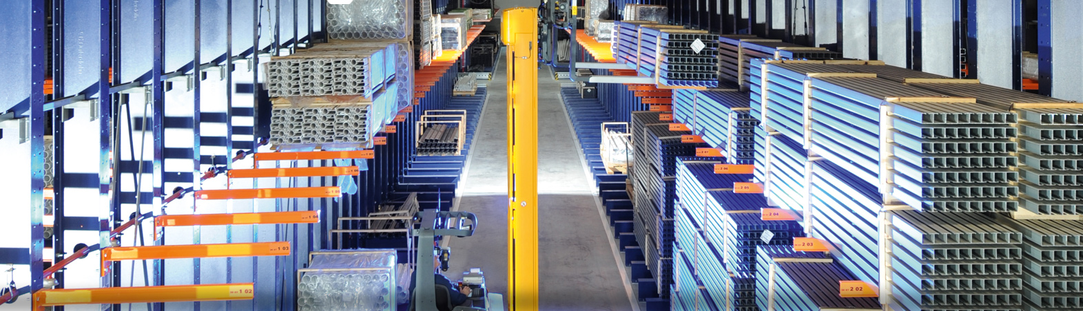 Warehouses with cantilever Rack Systems. Quality cantilever Rack Systems. SSI Schaefer. www.schaefershelving.com